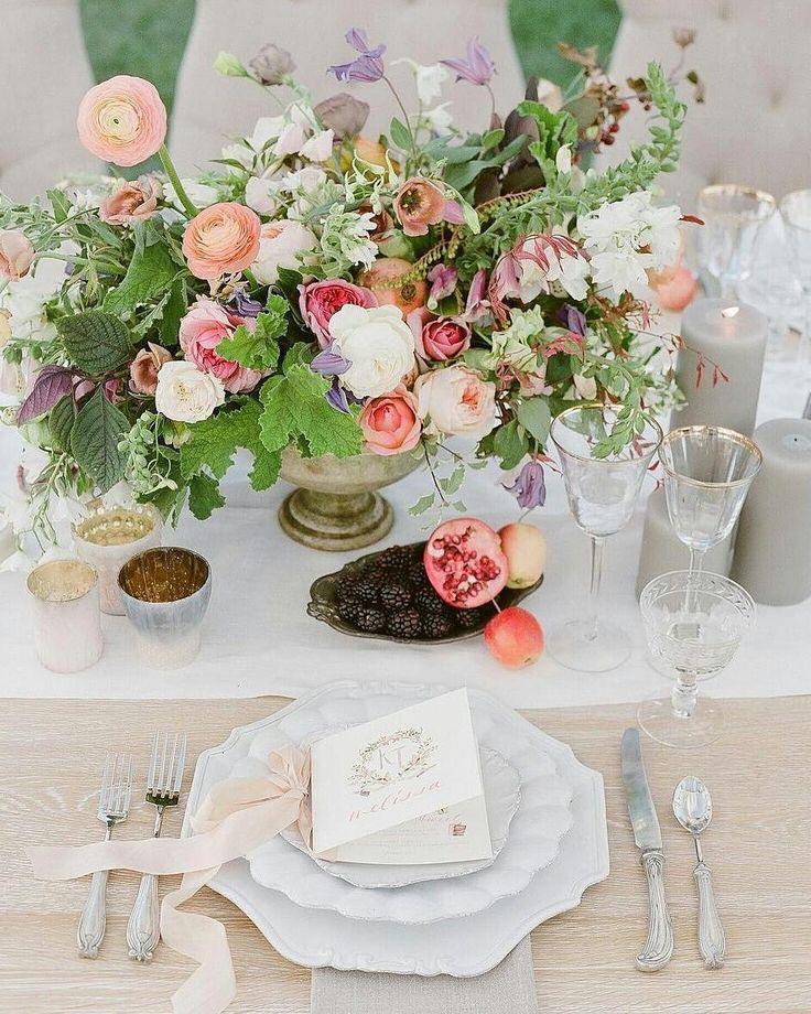 結婚式のゲストテーブル装花料金の節約のコツ marry[マリー] ウエディング テーブル、披露宴 ゲスト