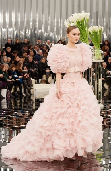 Lily Rose Depp - Paris Fashion Week - Chanel Spring 2017 Couture