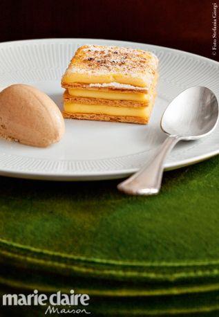 Un dolce tradizionale portoghese rivisitato. Sfogliata alla crema con gelato di cannella.