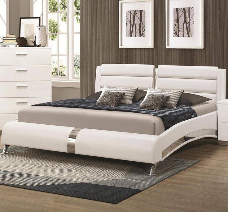 Coaster Furniture 300345Q White Bed