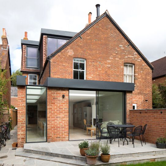 Red brick extension house extensions pinterest for 3 bedroom house extension ideas
