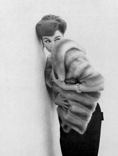Model in Cerulean EMBA mink stole by Maurice Kotler, 1957