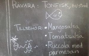 Halstrad tonfisk med mangosalsa