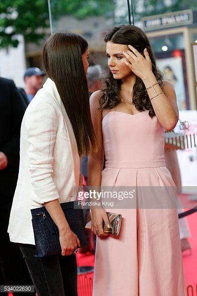 Nachrichtenfoto : Actress Lisa Tomaschewsky and actress Ruby O. Fee...