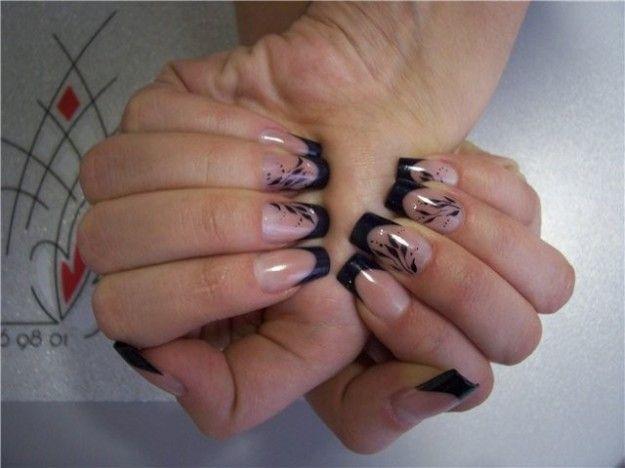 Nail art bianco e nero