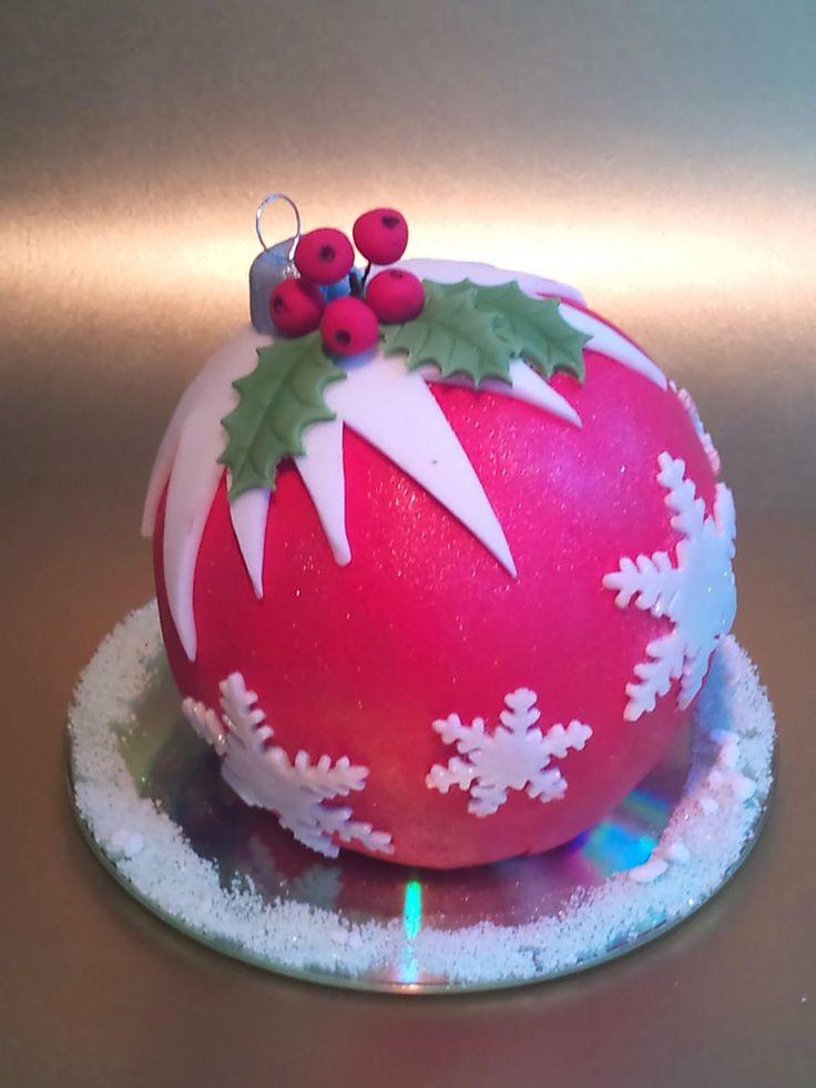 Christmas decorated cake