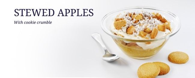 Stewed apples with cookie crumble