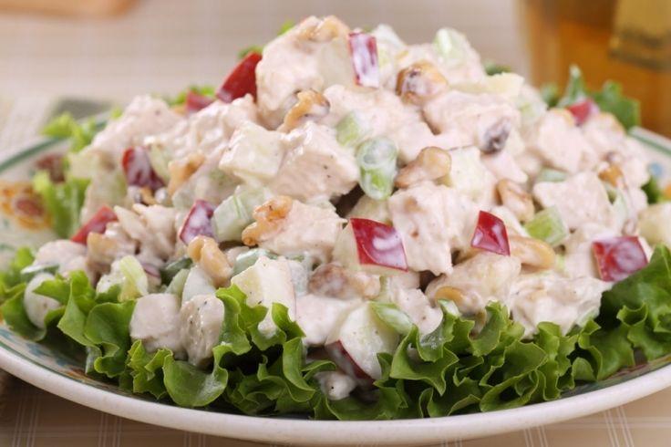 Salade de poulet : oignons rouges et pommes... Un délice - Recettes - Recettes simples et géniales! - Ma Fourchette - Délicieuses recettes de cuisine, astuces culinaires et plus encore!