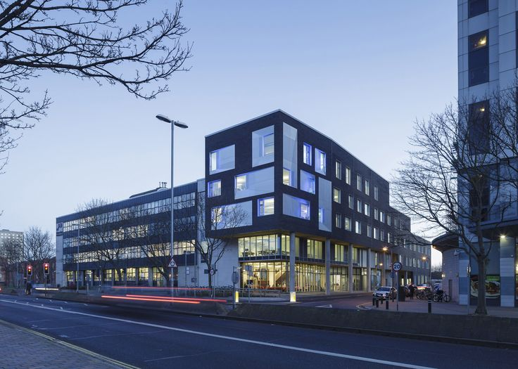 Penoyre & Prasad builds architecture school for Portsmouth university