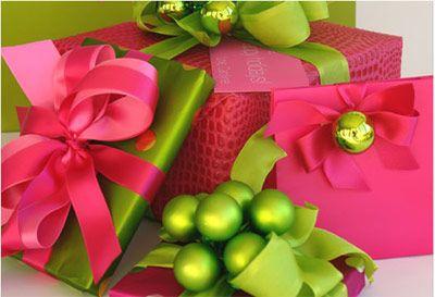35 amazing ways to wrap Christmas presents!