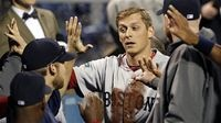 Ryan Sweeney's Spectacular Diving Catch Proved to Be Game-Saving Play for Red Sox
