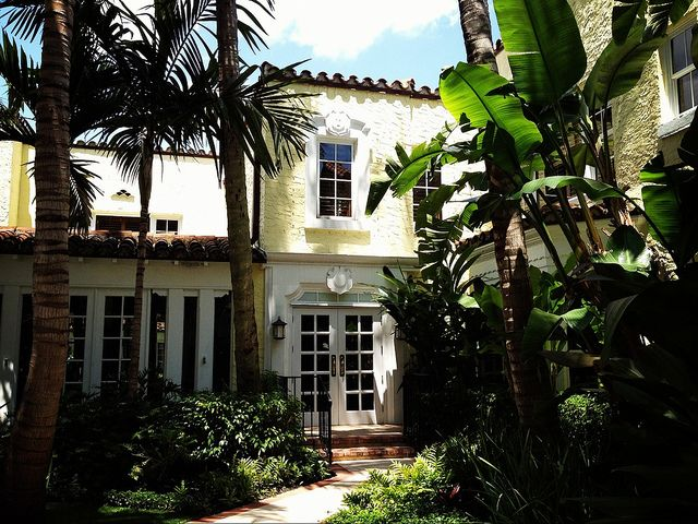 The dreamy Brazilian Court… The Glam Pad: Weekend Daytrip to Palm Beach