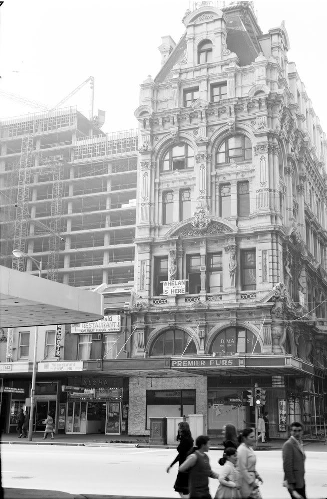Town Hall Chambers, Melbourne being demolished, 1968
