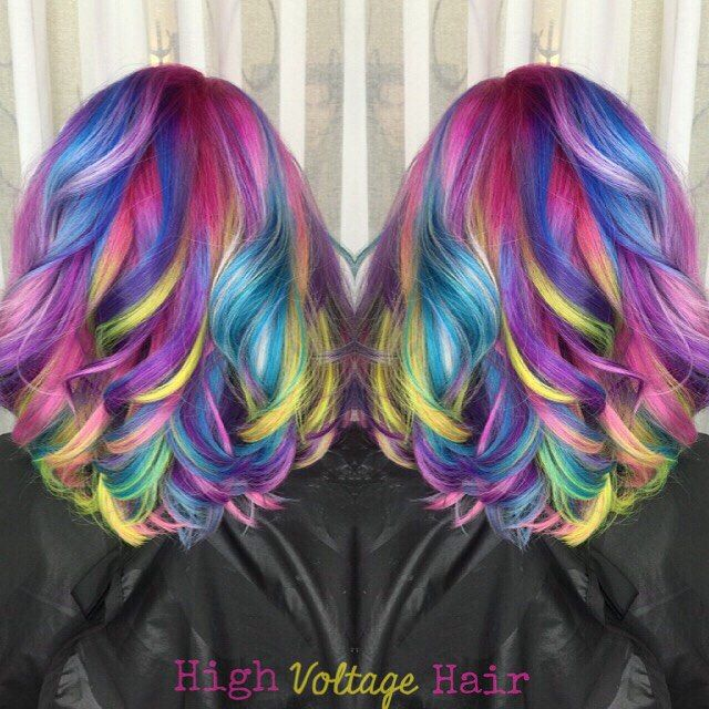 CANDY CRUSH I used every vacation of every color possible on this amazing #mermaidhair & I couldn't be happier with the result! #highvoltagehairbycrystalcasey #hrva