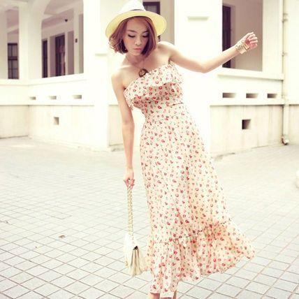 小花柄が清楚 *春夏ファッション ベアトップコーデ*