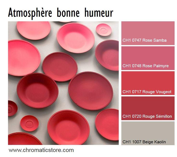 Sur une base neutre, mettez en valeur des accessoires déco ou architecturaux avec des touches de rouge et de rose vif pour un effet bonne humeur. www.chromaticstore.com #deco #inspiration #rouge