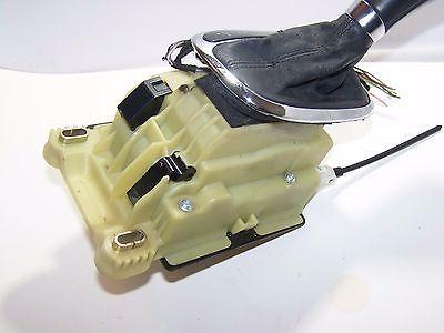 2006 Mercedes Benz C280 Floor Shifter Assembly Knob Selector Box A2032678724