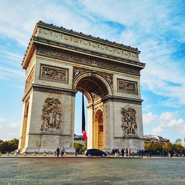 Arc de Triomphe 😻😻😻 #paris #arcdetriomphe #france #photooftheday #photography #vscogram #outdoor #monument #TOP #best #vscogram #instatravel #travelwithme #travelgram #classic #escape #wonderlust #visit_paris  #esclusive_france #igersfrance #bestshotz_france #hello_france #topparisphoto #thisisparis #parisjetaime #seulmentparis #gf_france #parisisalwaysagoodidea #parisforever #bns_france #parisiloveyou