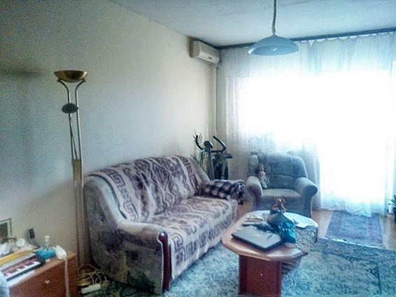 Csepelen 1+2 szobás lakás