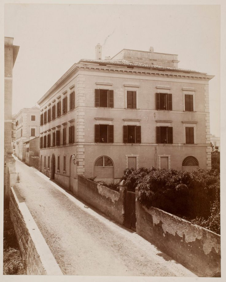 Street in Rome, house and walled garden | Works | James Anderson | People | George Eastman Museum