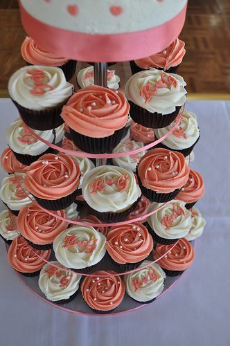 Coral and cream wedding cupcakes http://www.weddingacrylics.co.uk/round-cupcake-stands/001-7-R-MC.html #Monochrome Range #Cupcake stand