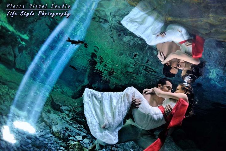 Trash the dress in a cenote; Playa del Carmen (foto: Pierre Violle)