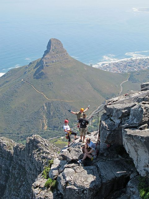 Absailing off Table Mountain - Cape Town, South Africa (by Sallyrango).