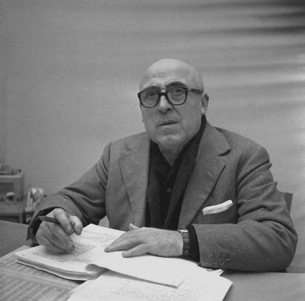 I poeti della domenica #102: Cesare Zavattini, Invcend a vrés