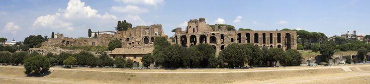 Viaje fin de curso Económico a Roma 4 días http://www.viajeteca.net/viajes-fin-de-curso/roma-viajes-de-estudiantes Caminar por Roma es como estar caminando por un museo, sus plazas, sus fuentes, sus ruinas, su Coliseo que siglos atrás era testigo de luchas interminables