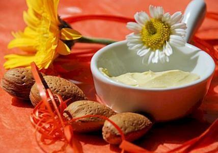 Recette : Pommade de soin pour peaux irritées - Aroma-Zone
