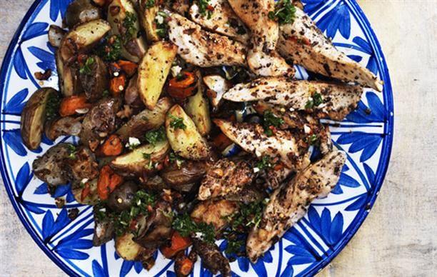 Bagt vintersalat med kylling og citronolie