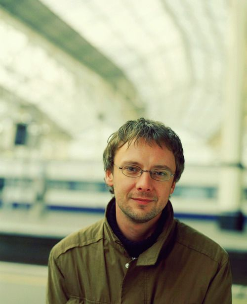 The Master/John Simm's adorable face with glasses