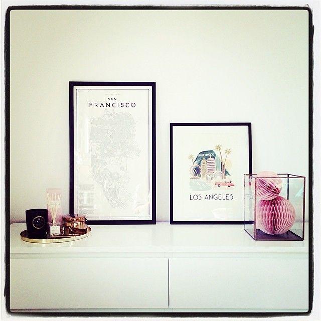 Los Angeles-tavla och ljuslykta samt honeycomb, fin kombination hemma hos Michelle