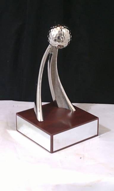 Fabrica y venta de trofeos, medallas y reconocimientos con precios económicos.