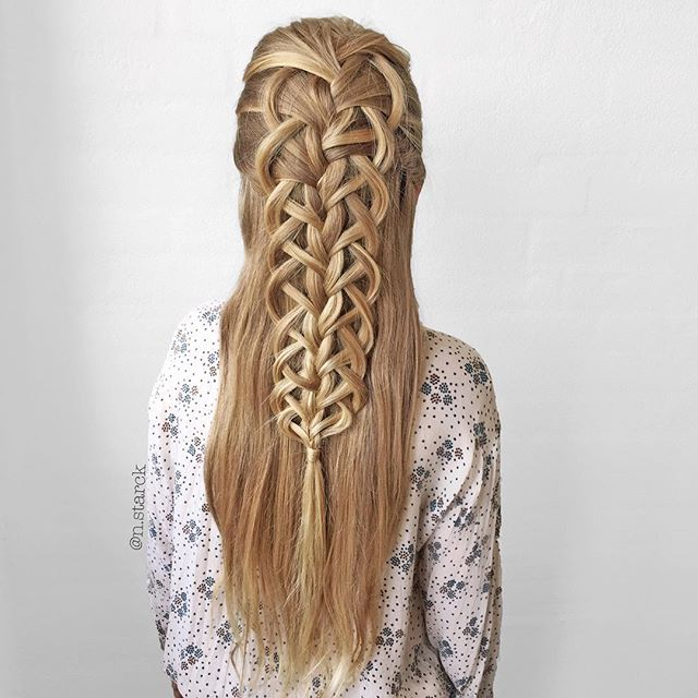 """Half up Loop Braid #CGHfrenchloopbraid"" Photo taken by @n.starck on Instagram, pinned via the InstaPin iOS App! http://www.instapinapp.com (09/03/2015)"