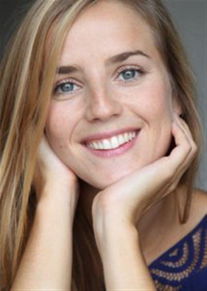 Alice GINGEMBRE- Fiche Artiste  - Artiste interprète - AgencesArtistiques.com : la plateforme des agences artistiques
