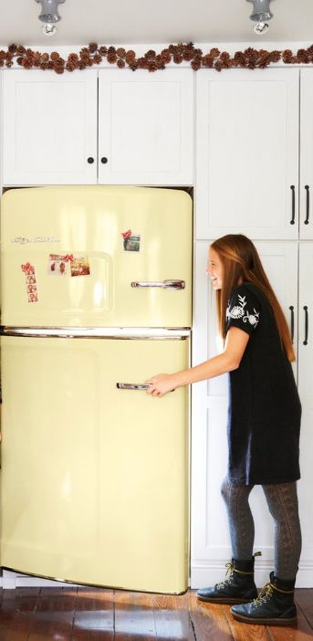 Big Chill offers the look of a retro refrigerator with all of the modern amenities of today's refrigerators. Check out this stunning Buttermilk yellow Big Chill Fridge.