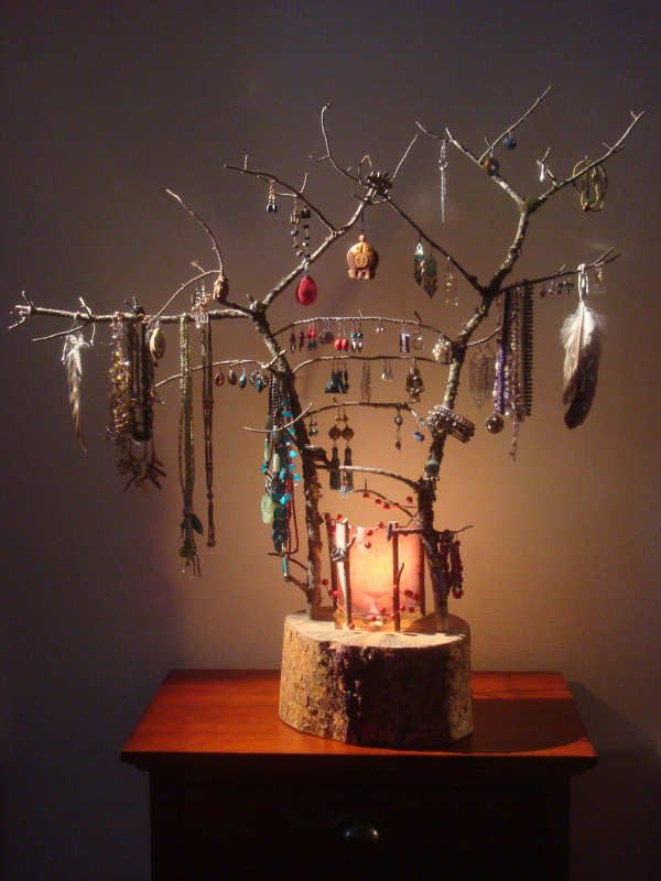 34 Ideas How To Store Your Jewelry. Love this branch idea would be suitable to place on a shelf on my wall.