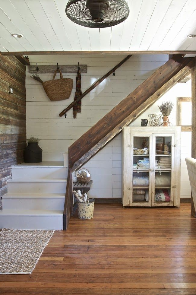 LOVE the contrast of the white shiplap wall with the wood wall ... Perfect.. SO pretty!! Vintage Whites Blog: Renovated Rustic Montana Farmhouse