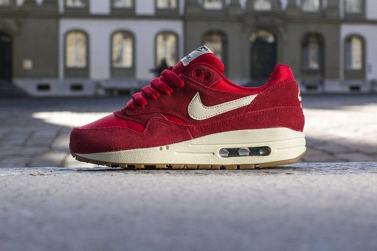 Nike Air Max 1 Gs Red