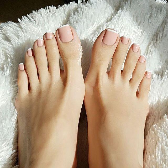 Shower my feet with more kisses in 2018! #footmodel #footfetish #footqueen #foot #footfetishnation #sexyfeet #prettytoes #footdomination #worship #beautifulfeet #footworshipping #footslave #barefeet #feetlovers#cutetoes #beautifultoes #longtoes#softsoles #wrinkledsoles #toes #footdom #footarch #cutefeet #toespread #instafeet #soles #softfeet #perfectfeet #perfectsoles #classyfeet
