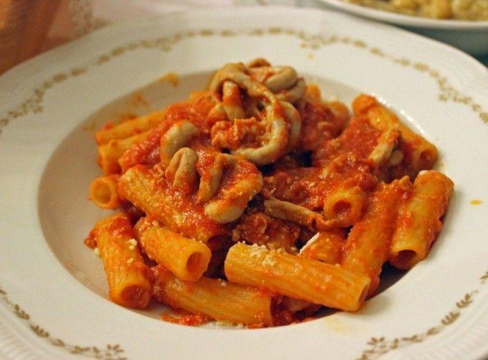 Festa a Roma per il ritorno della pajata. La pajata, Il piatto più rappresentativo della cucina tradizionale romana, torna ufficialmente nelle tavole dopo 14 anni.