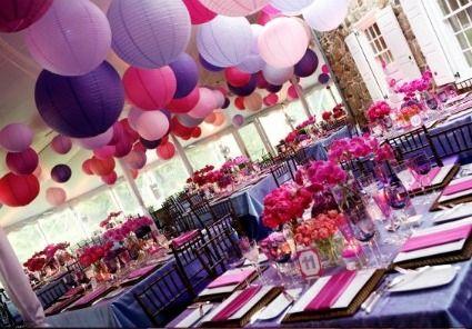 Pour embellir une salle et mettre en relief la beauté des lieux d'une réception, l'idée du moment : des lanternes en papier. Non, vous ne rêvez pas, ces lanternes en papier de couleur sont de vrais décors de salle de mariage. Avec ça, plus besoin de décors compliqués : vous pourrez décorer votre salle de mariage, votre jardin (arbres, allées), votre terrasse et bien d'autres lieux insolites !