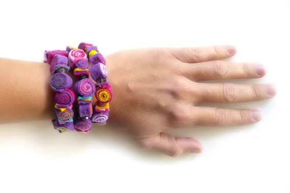 Colorful bracelet/Wrap bracelet/Adjustable bracelet/Felt bracelet/Bracelet cuff/Felt jewelry/Handmade bracelet with felt spirals  ► BEFORE PURCHASING