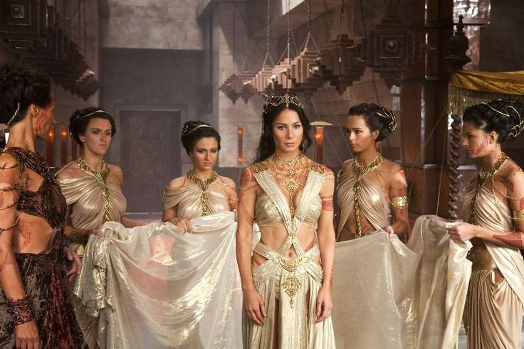 John Carter Dejah Thoris (Lynn Collins) is supposed to marry someone she doesn't love to end the conflict of her people but is rescued in the nick of time.