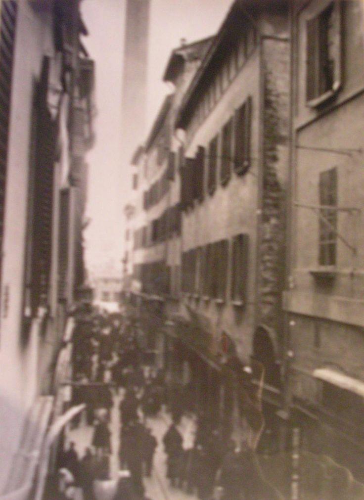 Bologna, Via Rizzoli