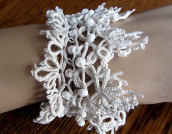 Tatting White Bracelet  Happy Day by Dom Klary by domklary on Etsy