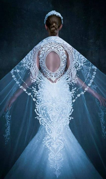 Michael Cinco F/W 2014 #snow queen