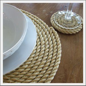 Nautical placemats and coasters.  Why didn't I think of this? They would be so easy and cheap to make.