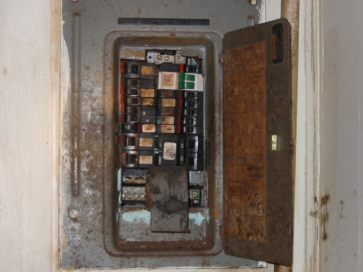 7a8a50c494008f4d0b521526204fd4b1 electrical safety federal 65 best electrical nightmares images on pinterest electric Main Breaker Fuse Box at edmiracle.co